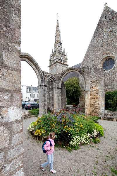 Ruins of NOTRE DAME DES ORTIES chapelle, town of Pluvigner, departement of Morbihan, Brittany, France
