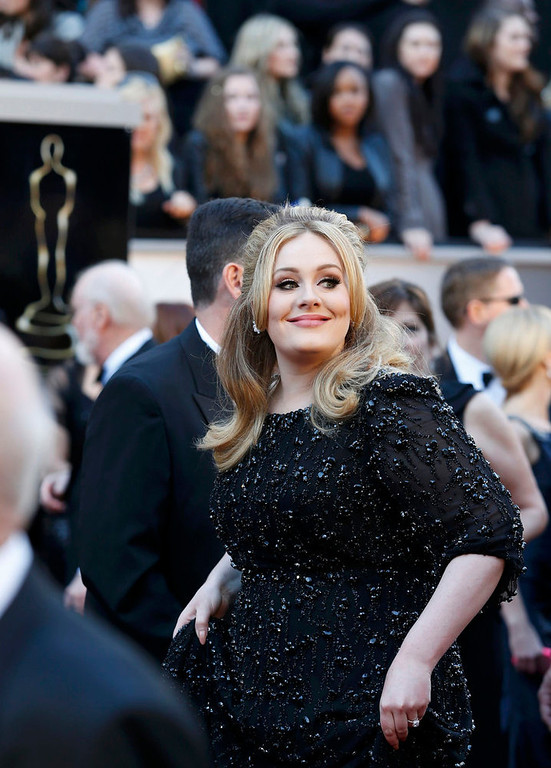 . Singer Adele arrives at the 85th Academy Awards in Hollywood, California February 24, 2013.  REUTERS/Adrees Latif