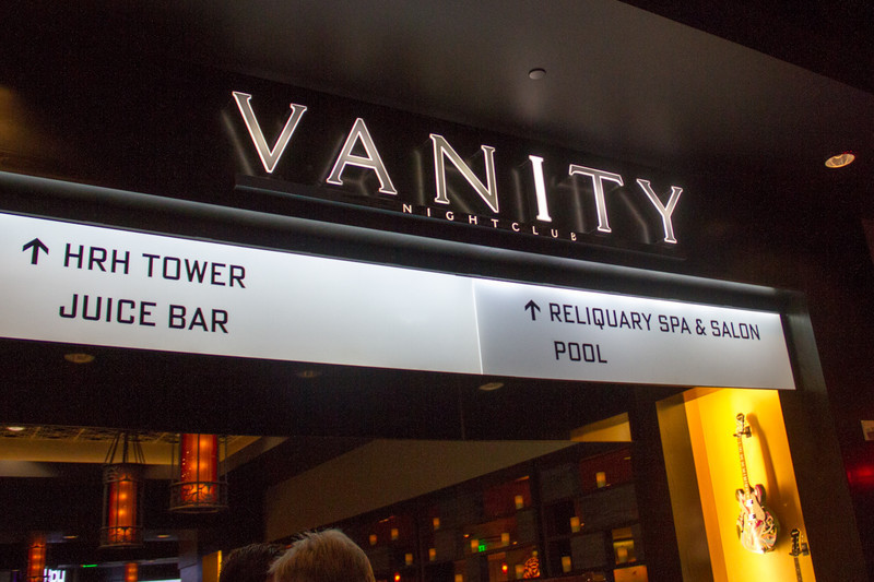 Vanity Nightclub - Red Party