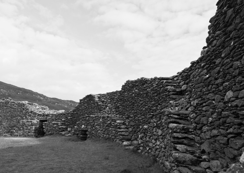 Stone fort near Cahergal