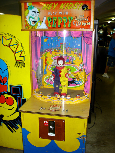 Peppy The Clown - 1956 Williams - coin-op dancing puppet clown.