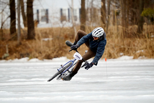 Ice Cycle Crit on Card Pond-020919