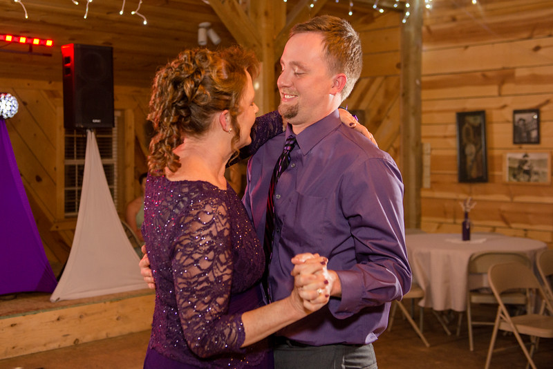 2017-05-19 - Weddings - Sara and Cale 3260.jpg