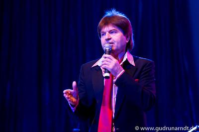 Show 2011