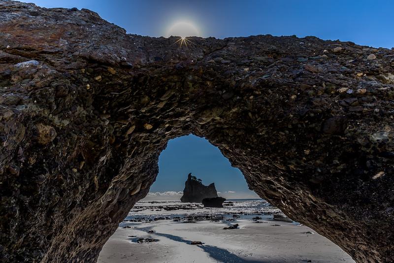 «Motukiekie Beach Walk»: Naturbogen
