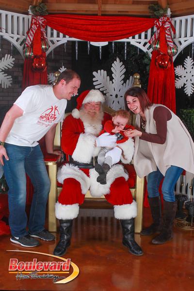 Santa 12-10-16-351.jpg