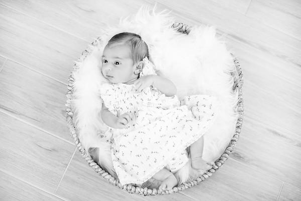 N. Alves - Newborn