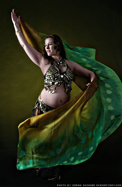 Shaula pregnant belly dancer