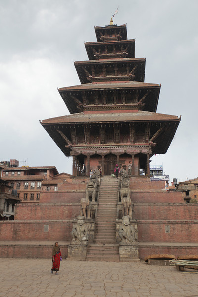 Bhaktapur is a former capital of Nepal, 8km east of Khatmandu. It has the best preserved Palace courtyards in Nepal, and is listed as a World Heritage Site by UNESCO for its temples, and its wood, metal and stone artwork.