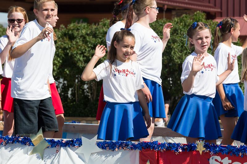 amo-parade-053.jpg