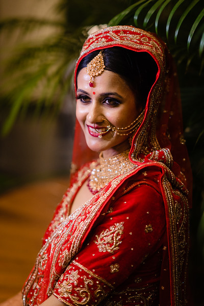Candid Wedding Photographer Ahmedabad-1-170.jpg