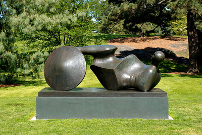 Moore in America: Monumental Sculpture at The New York Botanical Garden