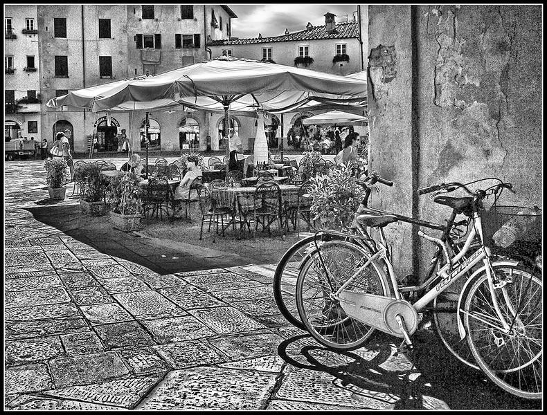2010-09-Lucca-884bn.jpg