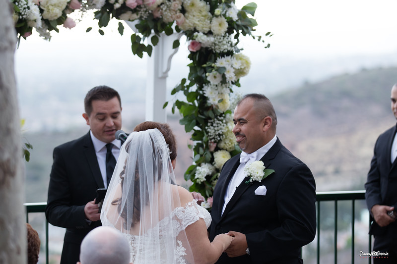 09_Jauregui_Wedding.jpg