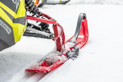 Curve Industries Mountain Ski