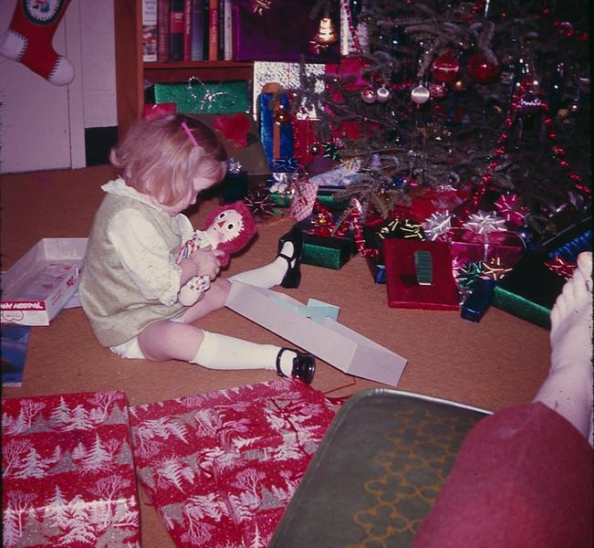 1969 12 Christmas 10.jpg