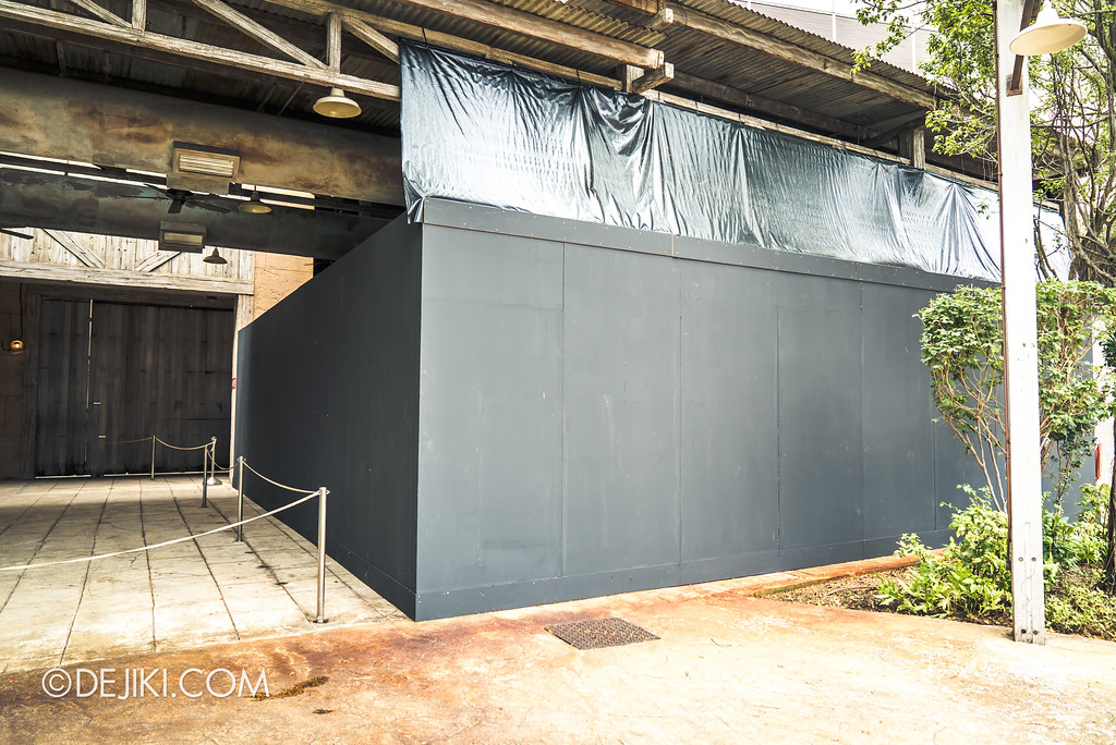 Universal Studios Singapore Park Update Aug 2018 / Halloween Horror Nights 8 construction - The Haunting of Oiwa haunted house