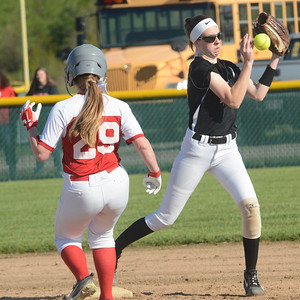 Geneva Perry softball May 14, 2019