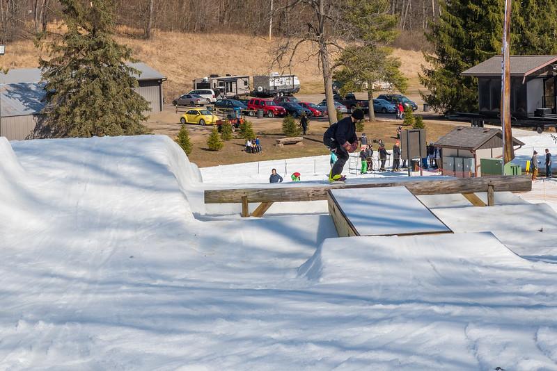 Backyard-BBQ-The-Woods-16-17_Snow-Trails-Mansfield-Ohio-1285.jpg