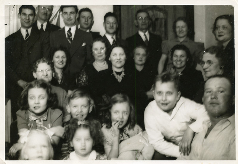 Francis Nolan 2nd from the left, Harold 5th from the right, Grandma Blechle 3rd row left, Helen, Grandma Bee 4th from left (middle) Fran, Bill & Mary 2nd row on left