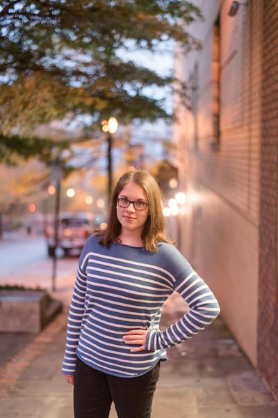 Claire-Senior2018-0130.jpg