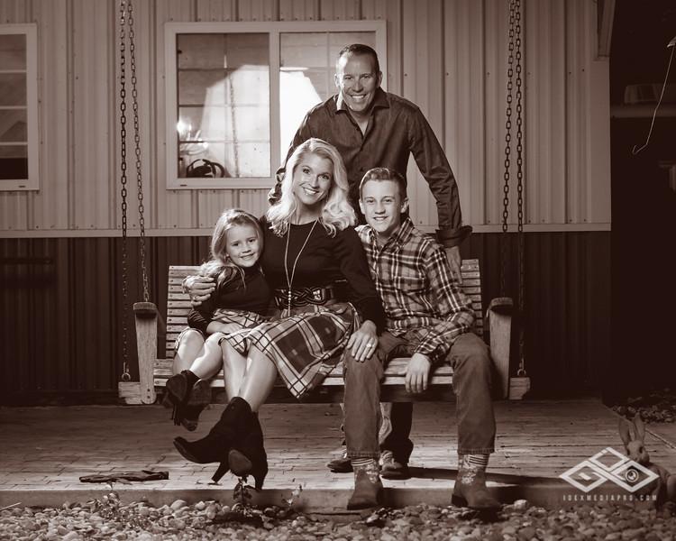 Phelps Family 2019-05465.jpg