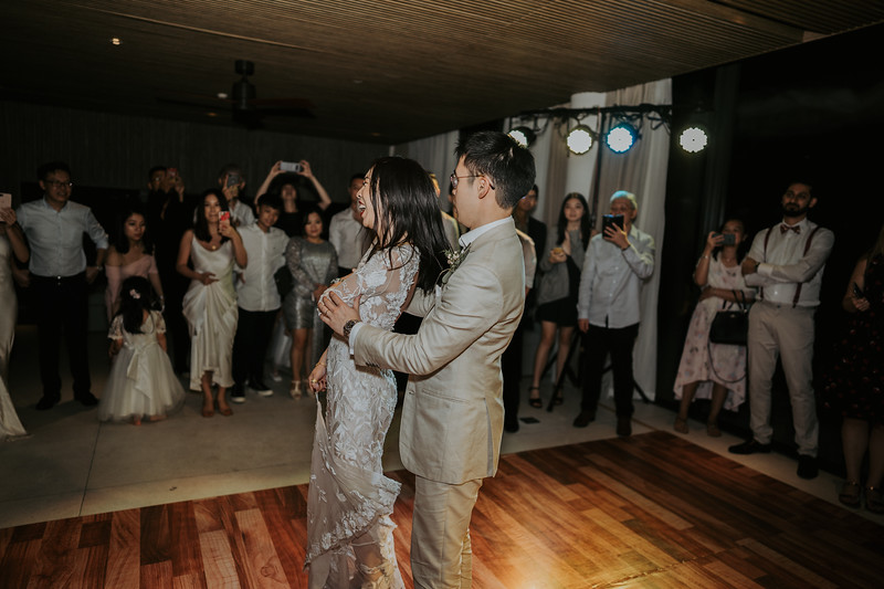Kelly & Kenny Đà Nẵng destination wedding intimate wedding at Nam An Retreat _AP94719andrewnguyenwedding.jpg