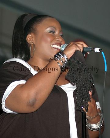 American Idol Singing Artist - Mandisa