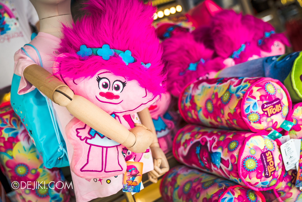 Universal Studios Singapore Park Update March 2018 TrollsTopia event - Troll movie merchandise
