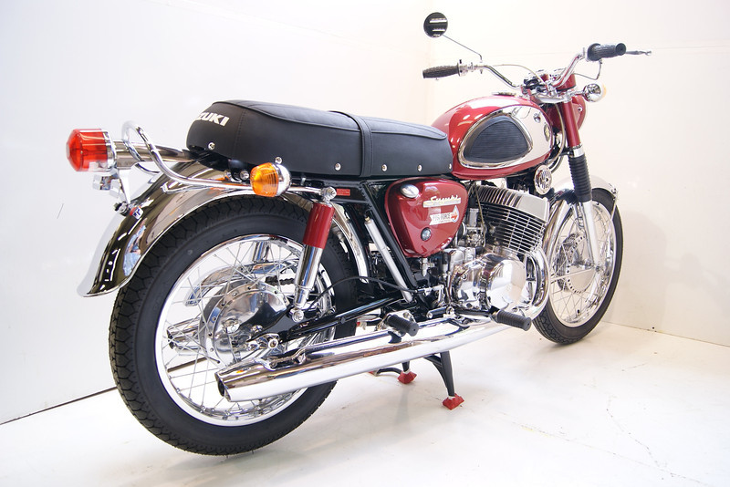 1968T500 4-10 010.JPG
