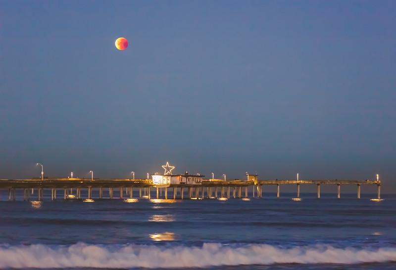 January 2018 Blue Moon Lunar Eclipse over the Ocean Beach Pier