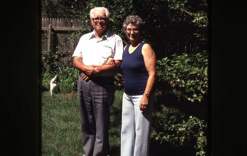 Mom's 90th BD pics 085.jpg