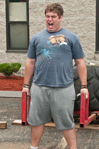 Fitness Revolution Strongman Challenge 2011_ERF3819.jpg