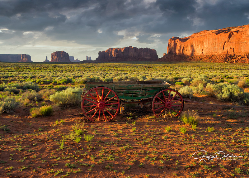 monument_valley_wagon.jpg
