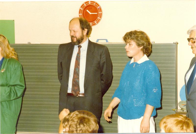 1986 Preisverleihung durch Kultusminister Breitenbach (18).jpg
