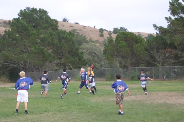 20060818_FlagFootballvRaiderScrimmage
