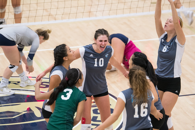 HPU Volleyball-93188.jpg