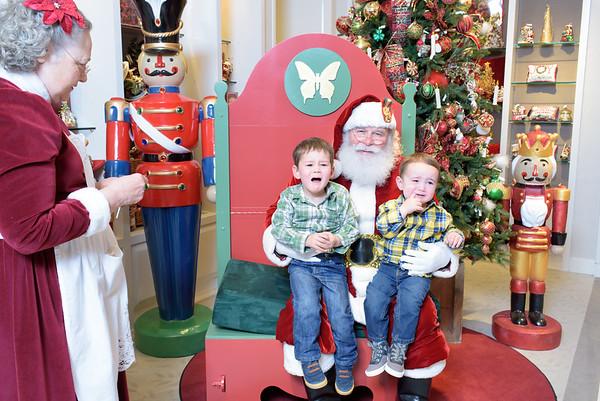 2016-12-10 Neiman Marcus Santa