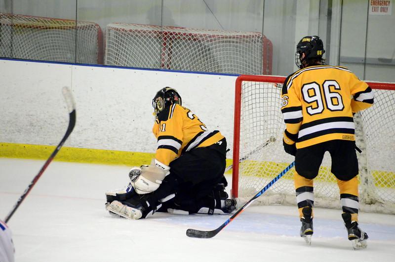 171007 Junior Bruins Hockey-104.JPG