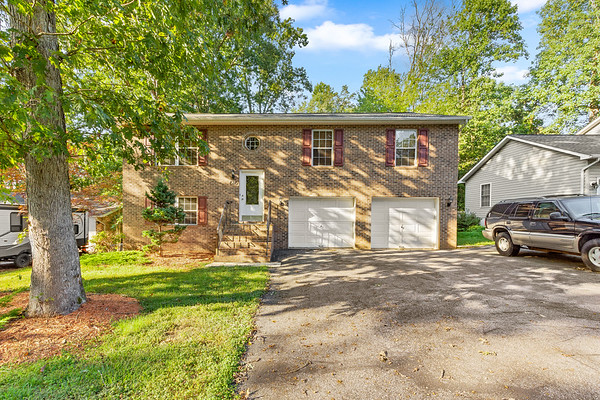 616 Peace Pipe Ct