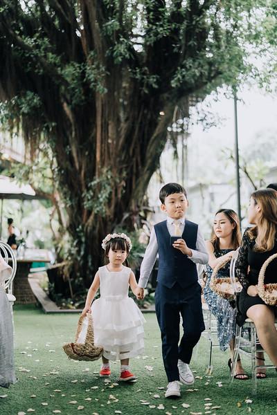 Thao Dien Village intimate wedding.ThaoQuan. Vietnam Wedding Photography_AP93041andrewnguyenwedding.jpg