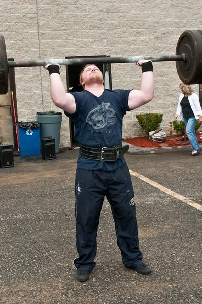 Fitness Revolution Strongman Challenge 2011_ERF3778.jpg