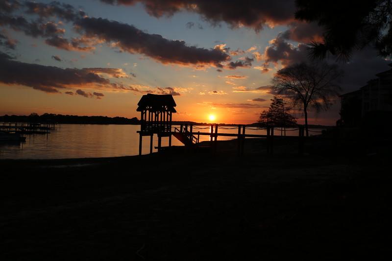 sunset pier 2.JPG