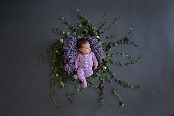 Newborn Rebeca