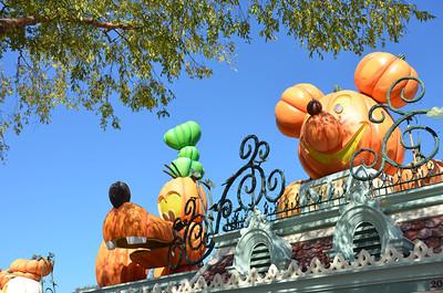 2013  Disneyland LA