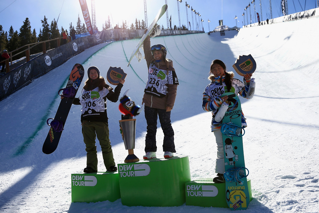 . (L-R) Kelly Clark in second place, Torah Bright first place and Chloe Kim third place, take the podium for the women\'s snowboard superpipe final at the Dew Tour iON Mountain Championships on December 14, 2013 in Breckenridge, Colorado.  (Photo by Doug Pensinger/Getty Images)