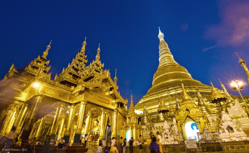 Shwedagon Pagoda during the Blue Hour