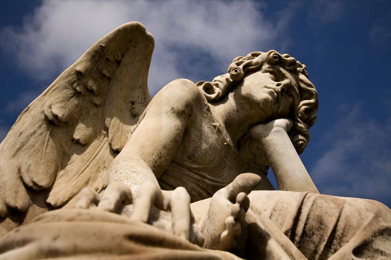 angel2small.jpg