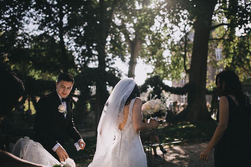 Tu-Nguyen-Destination-Wedding-Photography-Elopement-Paris-Janee-Danny-w-189.jpg
