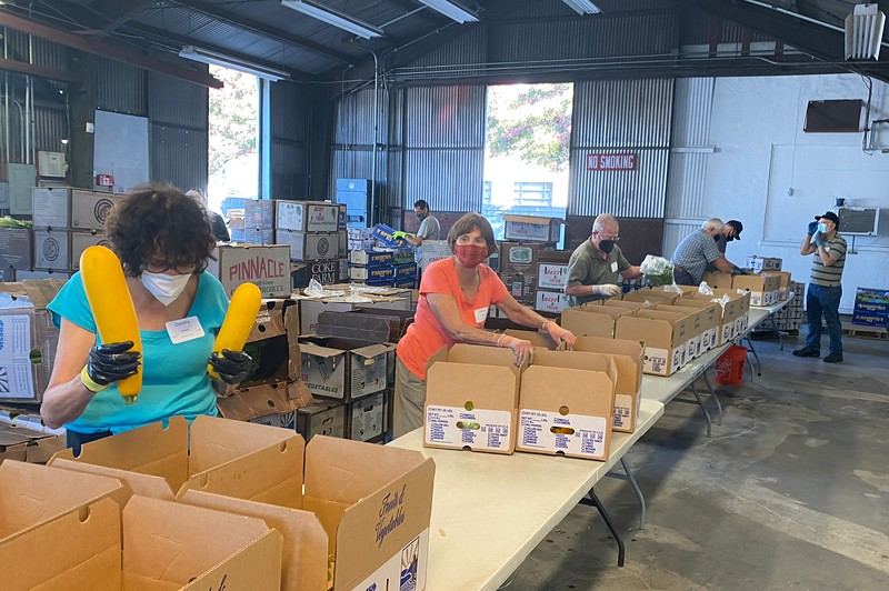 abrahamic-alliance-international-abrahamic-reunion-compassion-farm-box-packing-san-jose-2021-09-13-veggielution-warehouse-22-25-14-eva-lippmann.jpeg